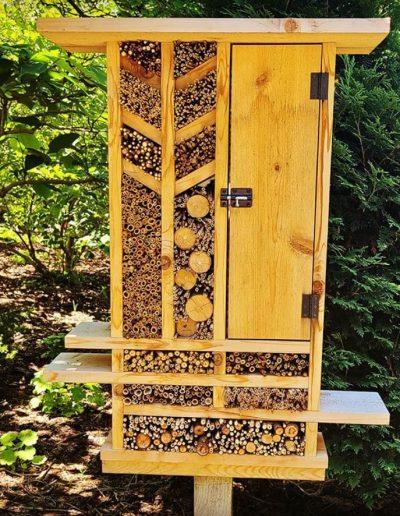 Pollinator Hotel